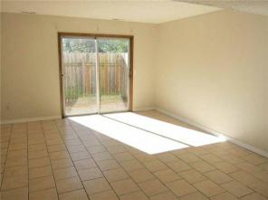 2br -1100ft2 - Awesome 2brm 2 Bath Apartment Near U of A!! Move In Today!!!!